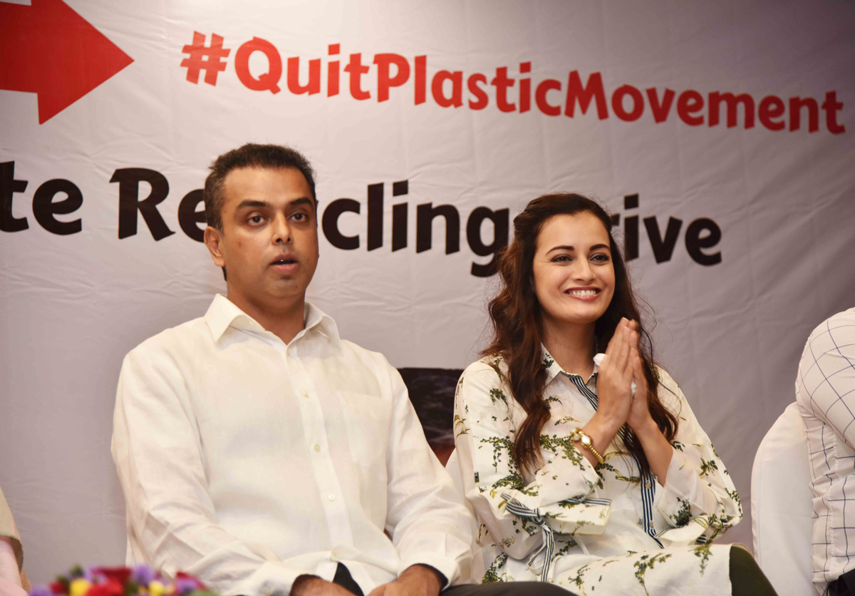 #QuitPlasticMovement---Initiative Milind Deora Supported by BMC To Flag Off @ Mrs.Dia Mirza .