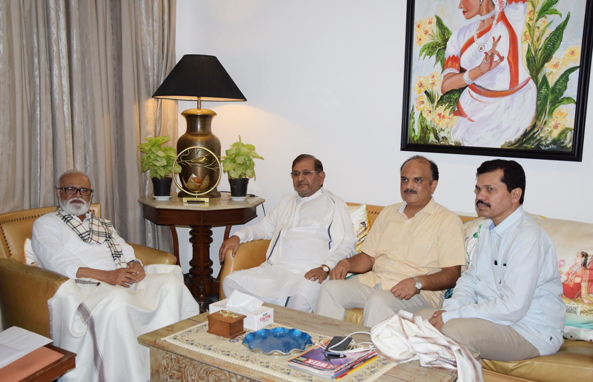 Loktantrik Janata Dal Party Leader Sharad Yadav meets Ex. Dy.Chief Minister Chhagan Bhujbal .