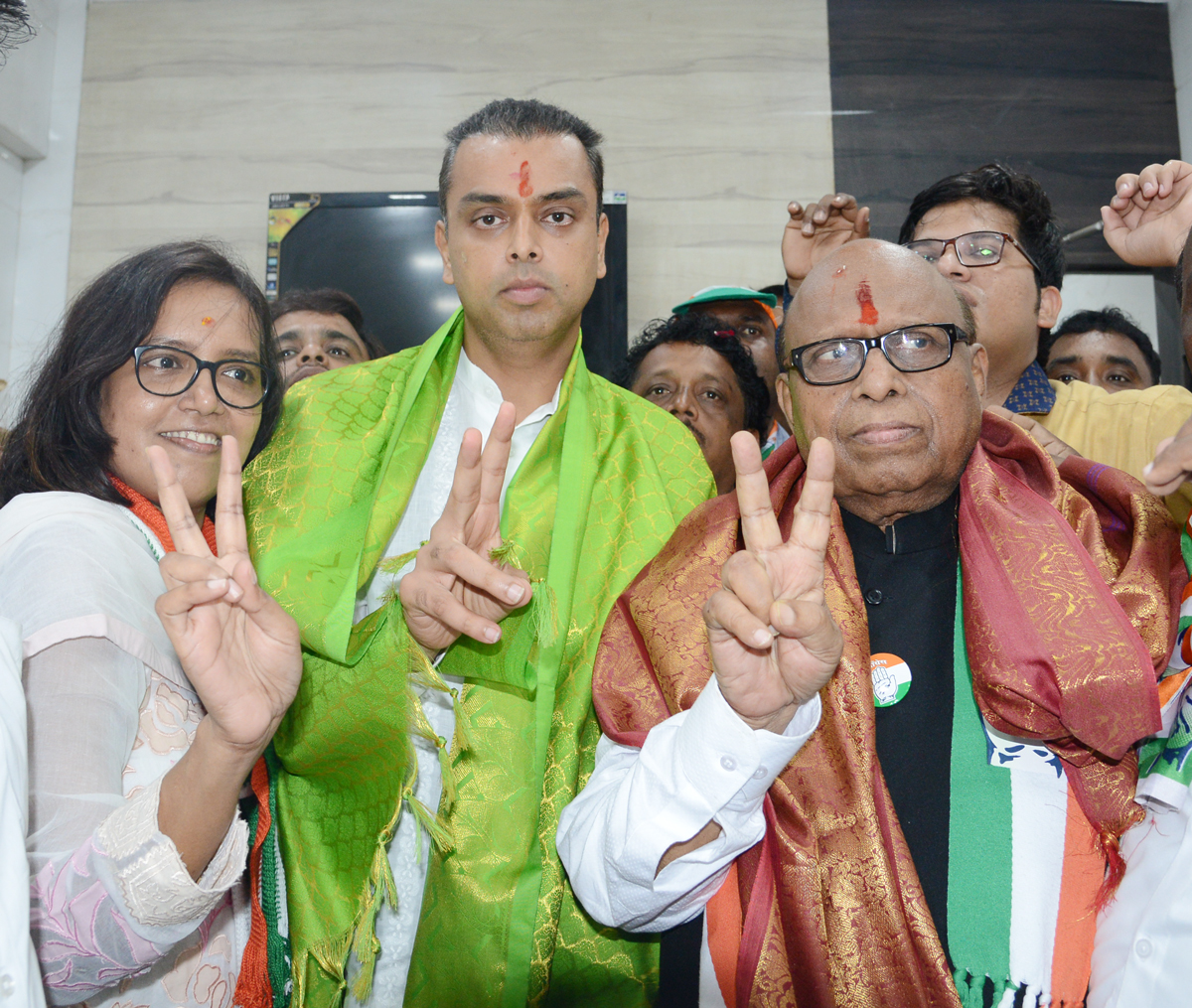 MRCC President Milind Deora During South Central Lok Sabha Congress Party Candidate Eknathrao Gaikwad Election Campaign at Dharavi.