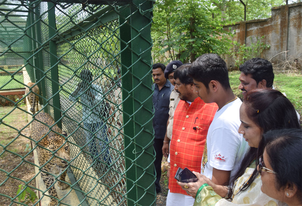 Union Minister of State Shri. Ramdas Athawale with Seema Athawale & Son Jeet Adopt Leapord at National Park.