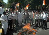 YOUTH CONGRESS PROTEST AGANIST PAKISTAN GOVERNMENT AT AZAD MAIDAN ON DEATH OF SARABJIT SINGH IN PAKISTAN.
