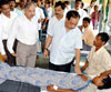 INDUSTRIES,PORTS,EMPLOYMENT & SELF - EMPLOYMENT MINISTER NARAYAN RANE VISIT KANKAVLI HOSPITAL TO SEE PATIENT  OF VIRAL FEVER.