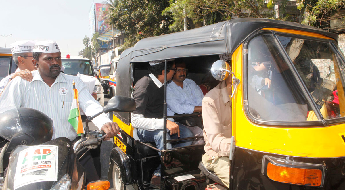 """Aam Aadmi Party "" Leader & Ex.Chief Minister of Delhi Arvind Kejriwal travelled by Rickshaw in Mumbai."