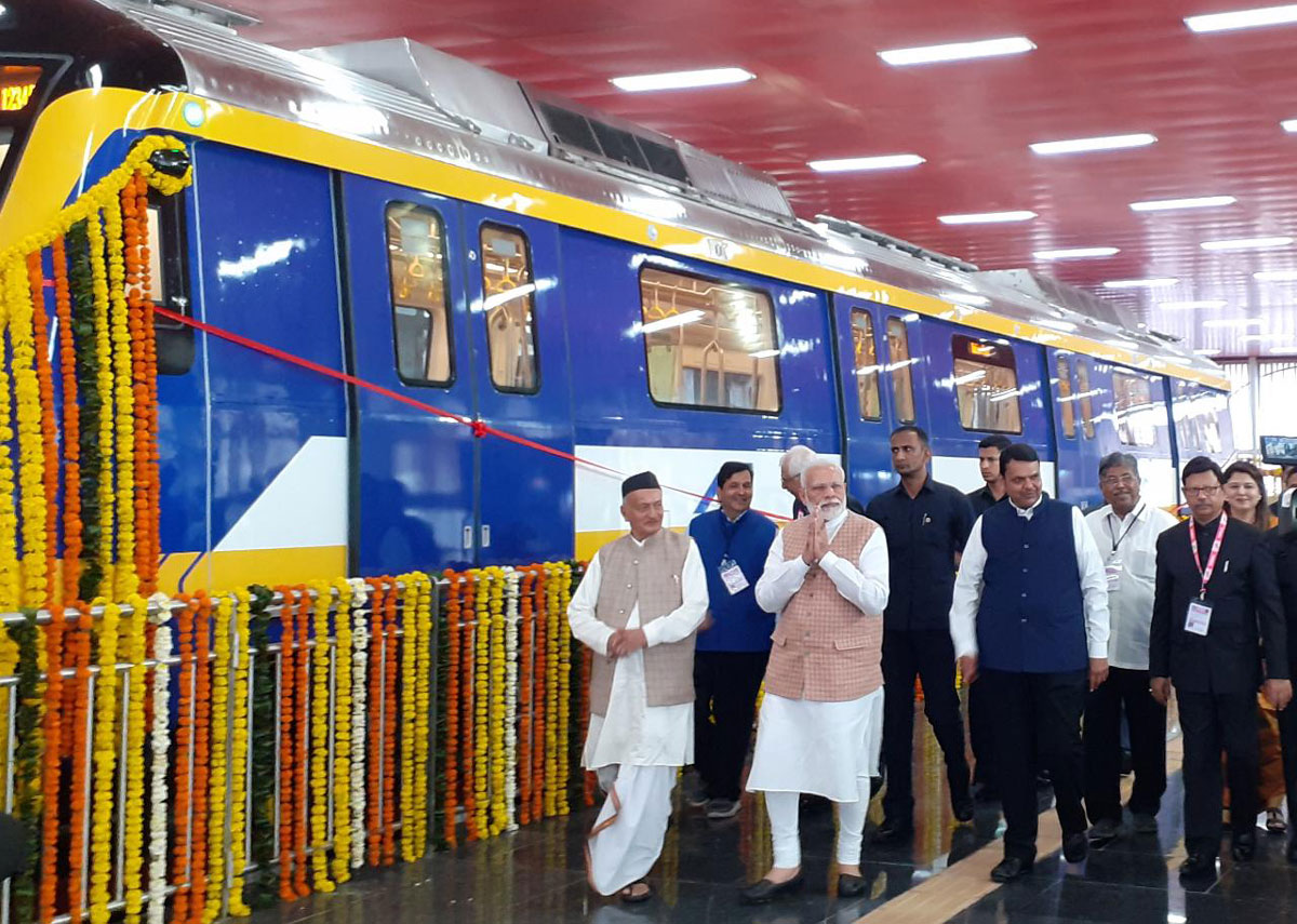 The Prime Minister, Shri Narendra Modi inaugurated and laid foundation stone for various Mumbai Metro projects.